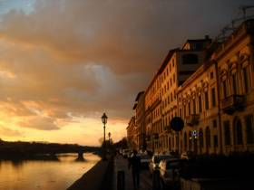 Abendstimmung am Arno in Florenz
