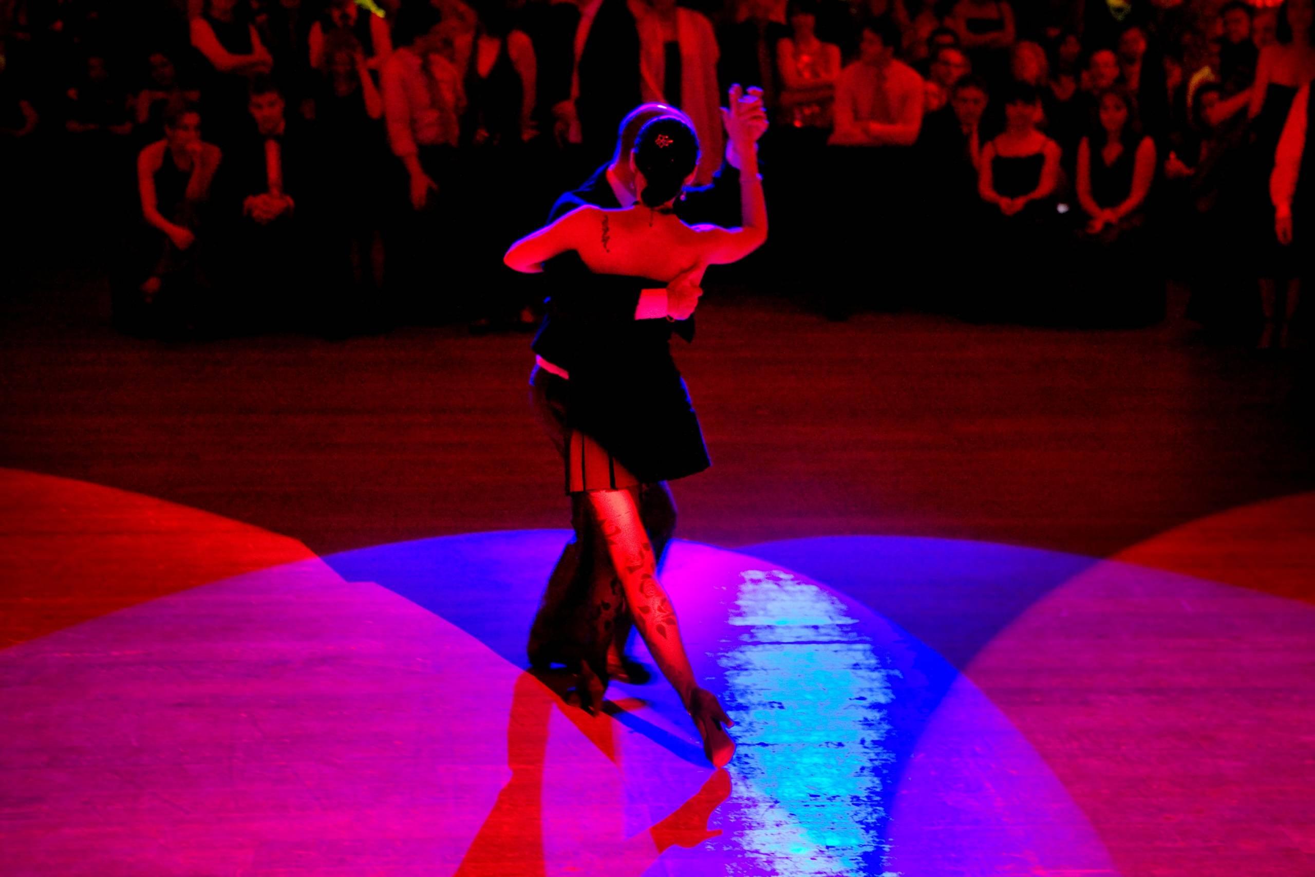 https://www.rogaia.de/files/redaktion/rogaia/bilder/kurse/tangokurs/Patrizia%20Michael%20Kronthaler/PatriziaMichael1.jpg